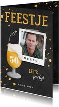 Uitnodiging verjaardag bierglas met foto en leeftijd