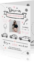 Uitnodigingskaart babyshower meisje auto drive in feestje