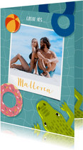 Urlaubskarte mit Polaroidfoto, Krokodil und Schwimmreifen