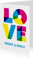 Valentijnskaart LOVE kleurrijk