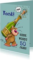 Verjaardagskaart, beertje met champagne en glazen voor man