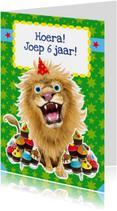Verjaardagskaart leeuw cupcakes