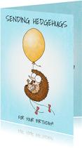 Verjaardagskaart met egeltje aan een gele ballon