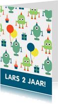verjaardagskaart met feestende robots