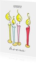 Verjaardagskaart met geïllustreerde kaarsjes