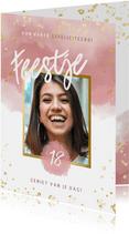 Verjaardagskaart met roze waterverf, gouden spetters 18 jaar