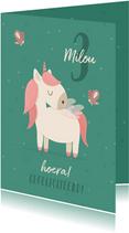Verjaardagskaart met unicorn en vlinders