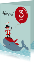 Verjaardagskaart voor kind met piraatje op walvis