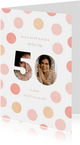 Verjaardagskaart vrouw fotocollage '50' met confetti