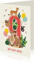 Verjaardagskaartje 9 jaar met vrolijke alpaca's