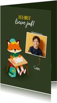 Vrolijk bedankkaart juf vosje met pennen, rugzak en foto