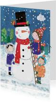 Vrolijke kerstkaart met kinderen die een sneeuwpop maken
