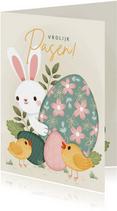 Vrolijke paaskaart met Paashaas, paaseieren en kuikentjes