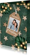 Weihnachtskarte dunkelgrün mit Holzsternen und Foto