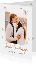 Weihnachtskarte mit Foto und goldenen Schneeflocken