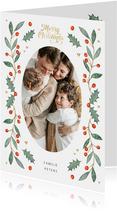 Weihnachtskarte mit ovalem Foto, Stechpalme und Herzen