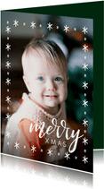 Winterse kerstkaart met grote foto en merry xmas