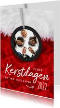 Zakelijke kerstkaart rood met label en foto