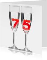 75 in champagne glazen