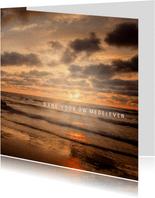 Bedankkaart na overlijden met foto van een ondergaande zon