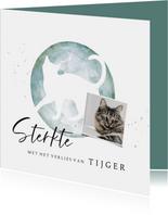 Condoleancekaart met silhouet van kat in waterverf met foto