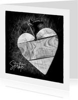 Condoleandekaart Zwart wit foto hart uit hout