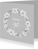 Einladung zum Geburtstag weißer Blumenkranz