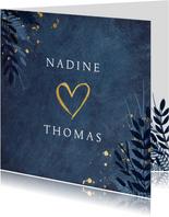 Einladung zur Hochzeit dunkelblau mit Herz und Pflanzen