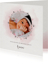 Einladungskarte zur Taufe Foto rosa Blumenkranz