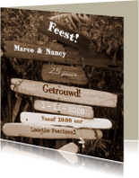 Jubileumkaarten - FEEST paal met drijfhout SEPIA