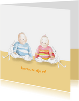 Felicitatie - jongen en meisje tweeling met konijntjes