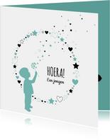 Felicitatie - Silhouet jongen, cirkel van harten en sterren