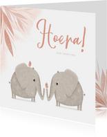 Felicitatie tweeling roze jungle olifanten met vogels