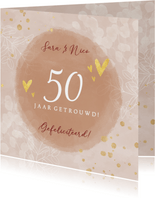 Felicitatiekaart 50 jaar getrouwd met eucalyptus en hartjes