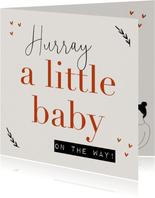 Felicitatiekaart zwanger a little baby on the way hartjes