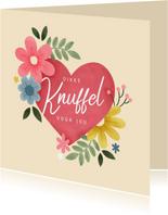 Fleurige sterkte kaart knuffel met hart en bloemen