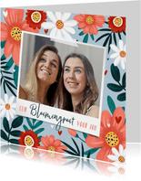 Fotokaart fleurig met bloemen hartjes en eigen foto