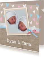 Geboorte tweeling op jute
