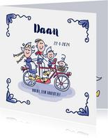 Geboortekaartje delfts blauw met grote zus gezin op fiets