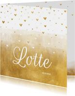 Geboortekaartje gouden achtergrond met hartjes