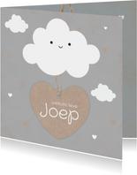 Geboortekaartje jongen met schattig wolkje en hartjes label