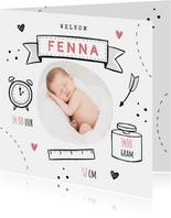 Geboortekaartje meisje doodle illustraties foto hartjes