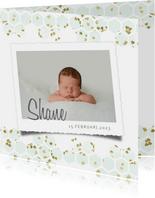 Geboortekaartje met mintgroen goud hartjes in hexagon