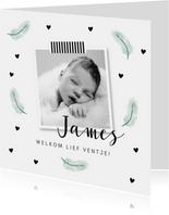 Geboortekaartje mintgroene veertjes en foto