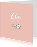 Geboortekaartje perzikroze met lief bloemetje