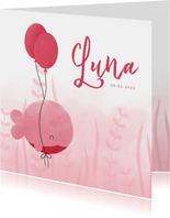 Geboortekaartje roze walvis met ballonnen en waterverf
