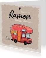Geboortekaartje stoer en vintage met avontuurlijke caravan