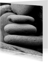 Gedenkstenen - zwart wit foto