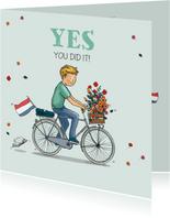 Geslaagd jongen op hippe fiets