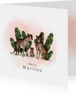 Getekend geboortekaartje met luipaarden en een kleintje